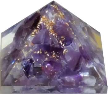 25-30mm Orgonite Amethyst pyramid
