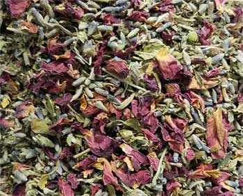 Attract Love spell mix 3/4oz